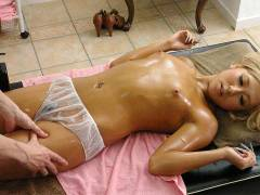 Airi Tachibana is pounded on the massage table